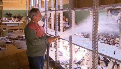 TV Record - Balanço Geral - Fogo destrói mais de  100 mil  livros  do  IMA - Franca SP